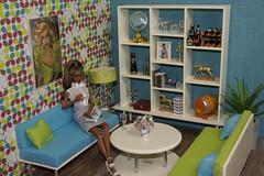 I´m my biggest fan! (Niva80) Tags: fashionroyalty adelemakeda adèle fr integritytoys dolls 16scalediorama soundadviceadele barbiefurniture fashionroyaltyfurniture dollaccessories