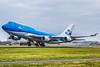 KLM Boeing 747-400 departing 36L at AMS (PH-BFT) (wilco737) Tags: eham ams amsterdam schiphol international airport boeing boeing747 boeing744 boeing747400 b747 b744 b747400 747 744 747400 airplane plane flugzeug flugzeuge aviation fliegerei spotting spotter planespotter planespotting boeing747406 boeing747406m b747406 b747406m 747406 747406m 28459 ln1112 ln 1112 line number phbft