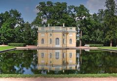 Pushkin (Enrica F) Tags: pushkin rusia garden palace water