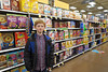 grocerycerealis (FAIRFIELDFAMILY) Tags: taylor jason grant carson keith mary lou memaw zoo christmas 2017 bronze ape grandmother grocery store kroger isle cereal coca cola ornament columbia sc south carolina winsboro fairfield county grandson lowes shopping jeremy father son lights michelle family