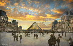 Triangle (Jean-Michel Priaux) Tags: paris louvre france art patrimony place lumix g81 city priaux architecture symmetry sunset photoshop painting paint vintage pyramide triangle old g80