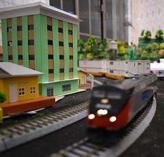 2 - Kato Ho - Locomotiva Ge P42 Amtrak - #156 + Locomotiva Sd45 Santa Fé-005 (Diecasts Collectors Brasil) Tags: kato ho locomotiva ge p42 amtrak 156 sd45 santa fé gunderson maxiiv ttx new logo 765122 contêineres cn 53 emp