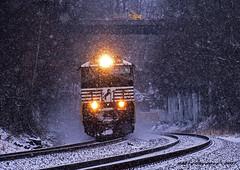 Norfolk Southern GE C40-9W 9903 (Harry Gaydosz) Tags: trains railroads locomotives pa pennsylvania bigbeaver ns norfolksouthern ns9903 ns24m