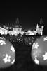 Weihnachtliches Bad Nauheim (Katzenfutter) Tags: bad nauheim kurstadt weihnachten beleuchtung weihnachtsmarkt iso6400 35mm blackwhite bw