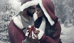 Merry Christmas Love! ... by Niani (xxnianixx) Tags: christmas couplepose love happiness joy gift pine snow santa digitalart secondlife sl emotion staticpose pose emozione close