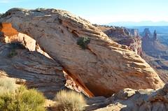 Mesa Arch (Joe Shlabotnik) Tags: nationalpark mesaarch utah 2017 arch canyonlands november2017 canyonlandsnationalpark afsdxvrzoomnikkor18105mmf3556ged