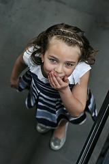 Indi # 8 (just.Luc) Tags: meisje fille girl mädchen menina chica portret portrait ritratto retrato face gezicht visage gesicht kid child kind enfant niño