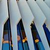 Madrid La Vela Ciudad BBVA Herzog & de Meuron 2007-15. OHM17. 170928. 18523 (javier1949) Tags: lavela vela icono ciudadbbva bbva banco sede madrid lastablas arquitecto arquitectura herzogdemeuron jacquesherzog pierredemeuron coreshell ortizleónarquitectos concurso oficinas eficiencia supermanzana servicios horizontal vertical plaza circular calles torre elíptica irregular jardín artificial oasis estructura lineal alfombra topografía pendiente campus vistaverde comunicación transparencia disco árboles laguna losas voladizo acristalamiento vidrio cristal luz diurna iluminación periferia brisesoleil fachada aislamiento térmico acústico cámara gasinerte acero poliéster fibradecarbono lacado blanco escalahumana lamas equilibrio flexible modulación ovoide sostenibilidad ohm17 openhousemadrid2017