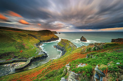 Boscastle morning (Ludovic Lagadec) Tags: cornouailles uk unitedkingdom rocks rochers royaumeuni boscastle harbour nisifilters longexposure ludoviclagadec landscape longueexposition seascape sea sky marin marée mer matin morning cliffs cloud angleterre canon6d green paysage water eau