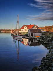 Røvær, Norway (Vest der ute) Tags: g7xm2 g7xll norway rogaland haugesund sea seascape bluesky clouds house boat boathouse sailboat rocks winter grass outdoor landscape fav25 fav200