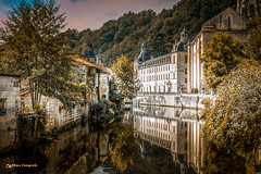 Abbaye de Brantome 2017 (EBoss Fotografie) Tags: france dordogne abbaye building outdoors brantome river clouds sky tree canoneos70d canon1740f4lusmgroup soe twop
