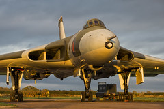 Avro Vulcan B2 - 39 (NickJ 1972) Tags: wellesbourne airfield avro 698 655maps maps vulcan b2 photoshoot photo photocall shoot nightshoot night timeline events tle xm655