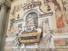 Tomb of Galileo (Beard&Glasses) Tags: italia italy firenze florence tombstone tomb galileo church cathedral europe backpacking houseofworship 2017
