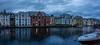 Noche ártica. Ålesund . (alcahazada) Tags: noruega panoramica norway arquitectura artnouveau edificios agua water mar puerto harbor cielo nubes ciudad street anochecer horaazul