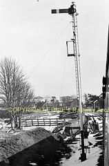 Forsinard sth end home signal (Ernies Railway Archive) Tags: forsinardstation hr highlandrailway scotrail lms farthernorthline