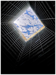 Beautiful Cloudy Blue Sky (Alice 2018) Tags: sky blue light clouds cloudy huawei leica p9 mhal29 mobile huaweimate9 mate9 hongkong 2017 architecture asia building apartment housing aatvl01