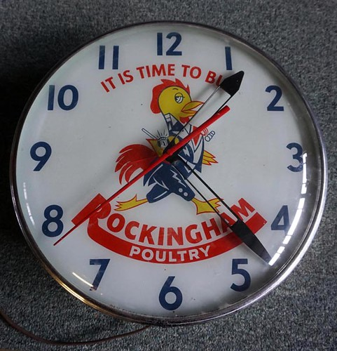 Rockingham Poultry Illuminated Clock ($672.00)