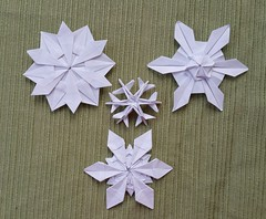 No real snow this year... (Aneta_a) Tags: origami snowflake hexagon dasaseverova jonakashima tomokofuse jaredneedle