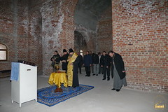 10. Установка крестов на храм святых мучениц 15.12.2014