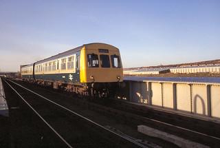 Derwenthaugh Class 101 Hexham to Newcastle   Jan 84 C6345