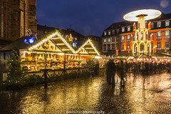 Heidelberg Christmas Market 2017 V (boettcher.photography) Tags: heidelberg germany deutschland badenwürttemberg city stadt weihnachten weihnachtszeit weihnachtsmarkt christmasmarket advent adventszeit abend nacht night evening lights lichter weihnachtsbaum christmastree buden sashahasha boettcherphotography boettcherphotos