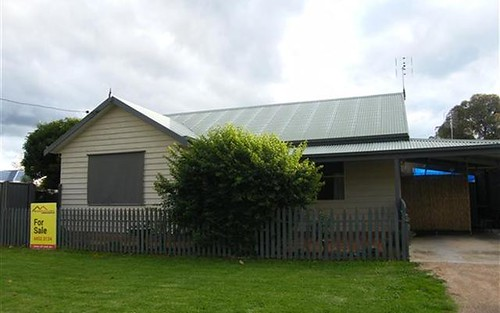 105 Ferry St, Forbes NSW 2871