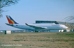 F-OHPH (@Eurospot) Tags: fohph airbus a340 a340200 philippines bordeaux merignac
