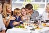 Ecco alcuni suggerimenti per trascorrere una serata tranquilla al ristorante con i propri bambini (Cudriec) Tags: bambini bambinialristorante comportamento educazione regole ristorante