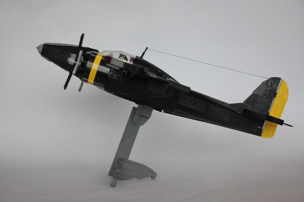 how to build a lego ww2 plane