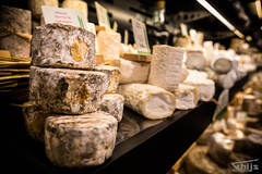 Lovely Cheese at Fromagerie Beillevaire (Thys Photography) Tags: cheese goatcheese sheepcheese france paris parijs frankrijk shop fromagerie bellevaire milk tasty best brie sweetness enjoy thysphotography thijsdegroot