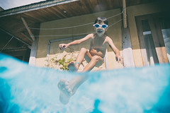 big foot (polo.d) Tags: big foot swimming kid playing jumping pool water wet child fun youth boy distortion magnifier fast photography splashes