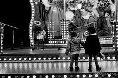 La espera (jesus pena diseño) Tags: people nice child jpena jpenaweb jesuspenadiseño street photography bnw blackandwhite alcaladehenares spain madrid alone wait