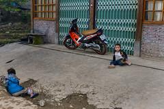 Thị xã Sa Pa in Fog, Sapa, Lào Cai, Vietnam (takasphoto.com) Tags: 2870 asean asia lens làocai làocaiprovince motorscooter motorcycle môtô nikkor nikkor2870mmf28d nikkor2870mmf28dedifafszoomlens nikon professionallens sapa scooter southeastasia thịtrấn thịxãsapa transport transportation travel travelphotography trip vehicle vespa viaje vietnam vietnamas viêtnam việtnam шапа וייטנאם سابا ساپا فيتنام ویتنام स्कूटर ভিয়েতনাম ซาปา ประเทศเวียดนาม สกู๊ตเตอร์ ཝི་ཏི་ནམ། インドシナ オートバイ サパ スクーター ニッコール ベトナム 交通 旅行 沙坝 沙坝镇 老街 老街省 越南 越南北部 速克達 高原地区 베트남 사빠 스쿠터