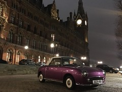 London, United Kingdom (Shaun Smith-Milne) Tags: tourdelhorloge tour horloge gare parvis centreville capitale transport ville noir nocturne lumières lumière réverbère aube matin nuit hôtel bagnole caisse voiture ferroviaire royaumeuni grandebretagne angleterre grandlondres londres convertible oldfashionedcar oldcar vintagecar classiccar stpancrasrenaissancehotel building clocktower clock lamppost streetlights lights light capital capitalcity citycentre city nocturnal dark dawn morning nighttime night parking carpark hotel eurostar trainstation nissanfigaro nissan car railwaystation railway station camdentown camden unitedkingdom greatbritain britain england londonstpancras stpancrasinternational stpancras greaterlondon london