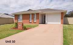 10 & 10A Candlebark Close, West Nowra NSW