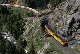 Grande colors at Tunnel 29