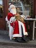 Finalmente riposo... (käfer72) Tags: austria villach weihnachtsmann santaclaus babbonatale ferie vacanze pausa regali bambini natale ruhe bar riposo