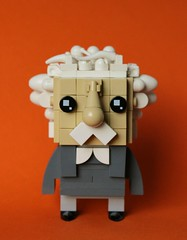 Einstein Brickheadz (simplybrickingit) Tags: brickheadz lego toy fun building moc character art 2017 uk albert einstein bricks blocks