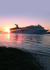 Sunshine on our shoulders (floridaadventuresports) Tags: florida boats ships tourism water tours traveling cruise