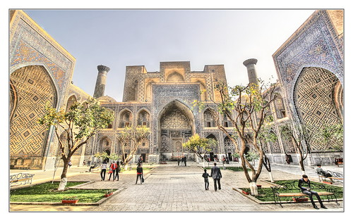 Samarqand UZ - Registan Ulugbek-Madrasa 08
