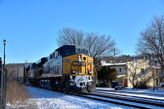 Westbound at Chatham, NY (grumpyff) Tags: csx railroad train railway transportation track rail ny newyork chatham columbiacounty station unionstation freight commerce doublestack diesel locomotive ge generalelectric 5368 es40dc