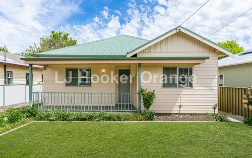 10 National Av, Orange NSW 2800