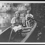 Archiv O482 Ruderboot fahren, 1950er thumbnail