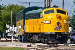 C&NW Servicing (tim_1522) Tags: illinois il illinoisrailwaymuseum railroad railfanning rail irm chicagonorthwestern cnw generalelectric fallenflag f7 commuter bilevels