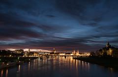 letzter Sonnenuntergang 2017 (lebastian) Tags: panasonic dmcgx8 elbe night dresden sachsen germany deutschland 1442mm lumix g vario 1442f3556 sky blauestunde bluehour