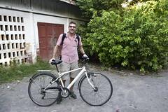 _DSC1392 (lnewman333) Tags: mandalay myanmar burma sea southeastasia asia kuthodawpagoda bike bicycle volleyball