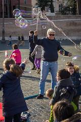 DSC_4489 (Riccardoangla) Tags: rome roma christmas natale navidad foto photo nikon d7200 nikkor 35mm lightroom street art sun sunny italia italy