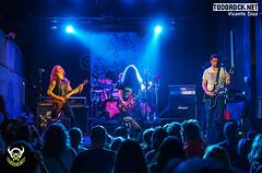 Crimson Slaughter (yiyo4ever) Tags: salacaracol concierto concert crimsonslaughter escenario stage luces lights guitarra guitar bassguitar bajo zuiko olympus panasonic lumix omd em5 em5ii m43 mft trash trashmetal