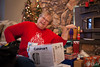 Christmas2017-7 (teamribcage) Tags: christmas holiday family canon 5dii 5dmarkii 35l ef35mmf14lusm ef35f14l presents pocketwizard tt1tt5 flextt5 minitt1 430exii