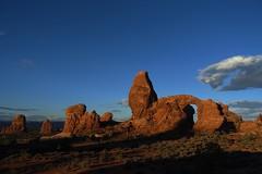 Turret Arch at dawn (Sean Munson) Tags: utah archesnationalpark nationalpark arch dawn turretarch landscape